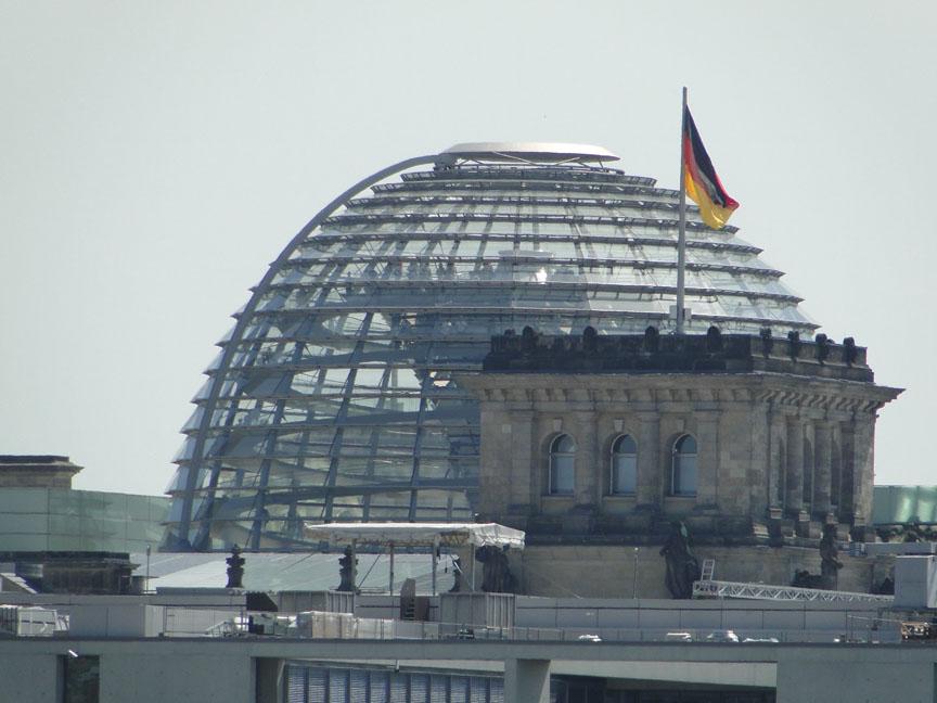 گنبد مجلس ملی آلمان